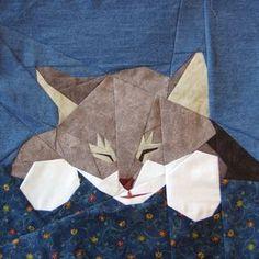 Hier is mijn zus katje Frisco in een papier-patchwork patroon.  Dit is een patroon voor een 12 vierkant blok (12,5 inch met naad emissierechten). Ik