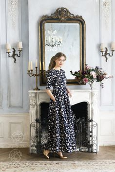 Платье «Водопад роз»