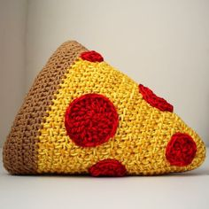 Hey, I found this really awesome Etsy listing at https://www.etsy.com/listing/205831212/crochet-pizza-throw-pillow