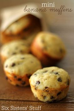 These Mini Banana Chocolate Chip Muffins are the perfect way to use up your overripe bananas! Suzanne's note: Only used 1 cup of chocolate chips would have been overkill) and they were great! Mini Banana Muffins, Mini Bananas, Banana Chocolate Chip Muffins, Mini Chocolate Chips, Banana Bread, Pancake Muffins, Oatmeal Muffins, Banana Oats, Breakfast Muffins