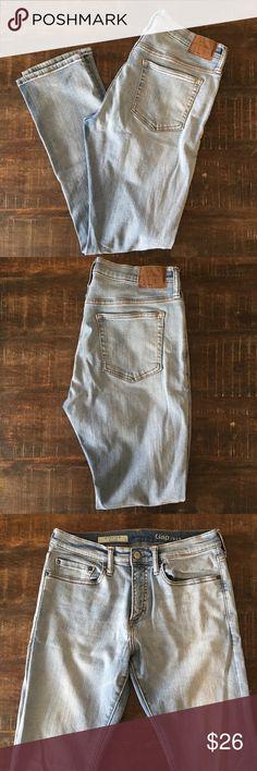 GAP men's jeans Stretch slim - light wash - 31x32 - excellent condition GAP Jeans Slim