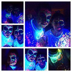 Que buena celebración @silvanamantilla gracias! La estamos pasando súper! #neon #party #light #luznegra #good #music #electro #color #good #God #young #free