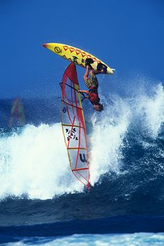 DAVE KALAMA BY ERIK AEDER// Erik aeder was THE #surf #photographer in the 90ies