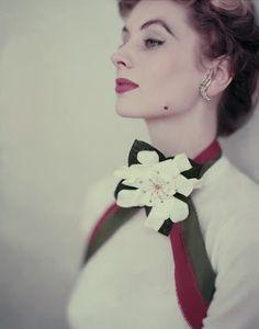 Suzy Parker, 1952. Photo: Horst P. Horst.