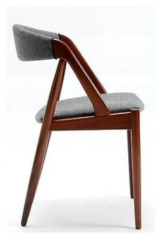 Kai Kristiansen Dining Chair I have 6 of these chairs and the matching teak dining table Plywood Furniture, Dining Furniture, Modern Furniture, Furniture Design, Garden Furniture, Furniture Ideas, Modern Dining Chairs, Dining Room Chairs, Outdoor Dining