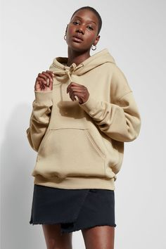 The Ailin Hooded Sweatshirt has an oversized fit, a big hood with an adjustable drawstring inside and softly ribbed edges. - Size Small measures 136 cm in