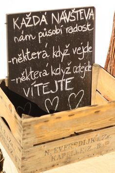 U nás na kopečku: Cedule, tabule, tabulky....... má vášeň Words Can Hurt, Amazing Paintings, Man Humor, Motto, Peace Of Mind, Holidays And Events, Kids And Parenting, Favorite Quotes, Chalkboard