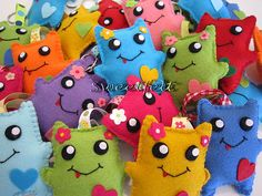 ♥♥♥ Prontinhos!!! Lembracinhas de aniversário que a Martinha irá oferecer aos seus amiguinhos ... by sweetfelt \ ideias em feltro, via Flickr