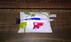 mini coin purse and key ring, cream with flowers, fits lip vaseline, new £3.99