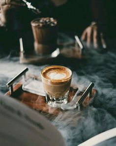 Facts And Trivia About Coffee – Espresso Shots Coffee Is Life, I Love Coffee, Coffee Break, Morning Coffee, Coffee Cafe, Iced Coffee, Coffee Drinks, Coffee Shop, Cappuccino Coffee