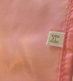 A pink handkerchief – Milo&Hatak