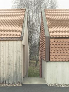 Index Architectes creates asymmetric Village House. - Index Architectes creates asymmetric Village House… – Architecture Romane, Architecture Résidentielle, Romanesque Architecture, Cultural Architecture, Education Architecture, Classic Architecture, Casa Patio, Timber Cladding, Village Houses