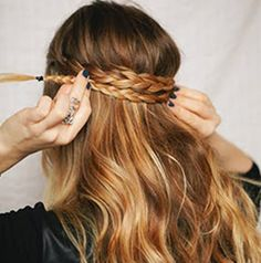 Half-Up Crown Braid |StudentRate Trends