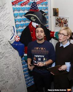 Christmas door decorating contest at Richard Rogers Theatre Photo Coverage: Lin-Manuel Miranda, Josh Groban, and Cate Blanchett Judge HAMILTON Door Decorating Competition 2016