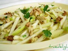 Almás-diós zeller saláta recept - Okoskonyha.hu Healthy Salad Recipes, Vegan Recipes, Cooking Recipes, Vegan Food, Romanian Food, Pasta Salad, Good Food, Food And Drink, Veggies
