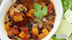 Black Bean Chili, No Bean Chili, Chili Recipe Video, Chili Recipes, Healthy Recipes, Poppy Seed Dressing, Canned Black Beans, Kale Salad, Kraut