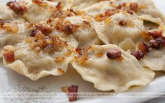 Pierogi Z Watrobka Polish Recipes, Polish Food, Dinner For Two, Dumplings, Nom Nom, Good Food, Food And Drink, Cooking Recipes, Favorite Recipes