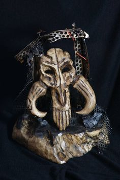 The Mandalorian skull Star Wars Boba Fett diorama