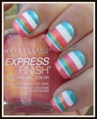 Cute stripe nail design