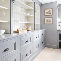 The original and the best, this Longford cabinetry in the walk in pantry in our felsted showroom was made by hand by our incredible team of…
