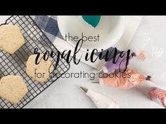 The Best Royal Icing for Decorating Cookies — Honey Blonde. Add less icing sugar Best Royal Icing Recipe, Royal Icing Sugar, Sugar Cookie Icing, Royal Icing Cookies, Sugar Cookies Recipe, Cookie Recipes, Holiday Treats, Christmas Treats, Christmas Baking