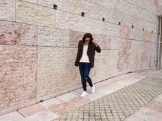 CCB momslook skinny jeans adidas Stan smith