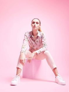 Rebellious Fashion Photography Editorial Poses Ideas Inspirational Pink Monochrome Fashion Graphy Studio Inspo fashion photography fashion photography behind the scenes editorial fashion editorial bts style photographer