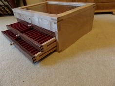 Large pen display box, sycamore and sapele made by my self jw