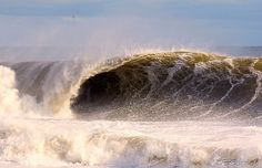 Some heavy New Jersey winter waves !