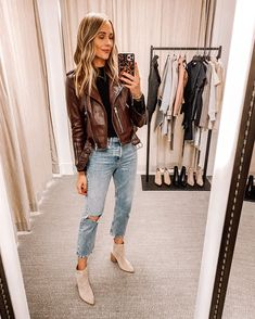 Fashion Jackson Nordstrom Anniversary Sale Dressing Room Outfits Cashmere Jacket, Cashmere Sweaters, Fall Sweaters, Most Comfortable Jeans, Outfits Mujer, Fashion Jackson, Nordstrom Anniversary Sale, Jeans And Sneakers, Button Fly Jeans