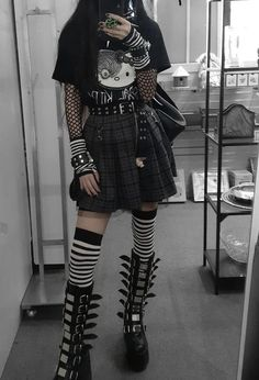 Swaggy Outfits, Punk Outfits, Gothic Outfits, Grunge Outfits, Pretty Outfits, Cool Outfits, Casual Outfits, Aesthetic Grunge Outfit, Aesthetic Clothes