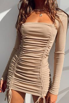 Cute Casual Outfits, Pretty Outfits, Pretty Dresses, Cute Dresses For Party, Dress Party, Sexy Vintage Dresses, Party Dress Outfits, Going Out Dresses, Sexy Dresses