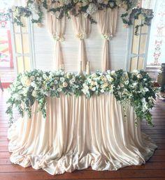Сегодня милая свадьба в немецкой деревне ))) организация @martaweddingagency декор/флористика @ostrosablina_decor #остросаблина_декор…