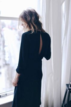 Ardw wearing all black, minimal chic, minimal fashion, fashion mode, fashion outfits Minimal Chic, Minimal Fashion, Mode Style, Style Me, Chic Minimalista, Style Minimaliste, Diy Mode, Wearing All Black, Street Style