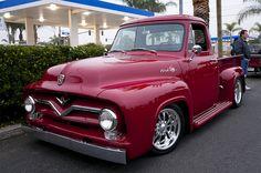 1955 Ford Stepside PU Tuck, Maroon.