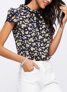 350d739017 Latest fashion trends in women s Blouses. Shop online for fashionable  ladies  Blouses at Floryday - your favourite high street store.