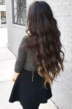 Ombre Chestnut #LuxyHairExtensions are the perfect accessory for Spring <3 @lululiang is rocking her set for dimension in her already long hair.