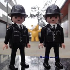 Ever get the feeling you're being followed? #playmobil #police #policia #gmp #pudseybear