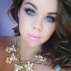 love her eyes/makeup