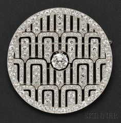 Art Deco Diamond Circle Pin