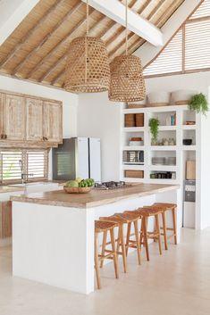 Kitchen Interior, Home Interior Design, Kitchen Decor, Bali Style Home, Bali House, Balinese Interior, Küchen Design, Home Decor Inspiration, Home Kitchens