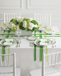 Green wedding decorations wedding colors green and white martha stewart weddings Green Wedding Centerpieces, Wedding Decorations, Table Decorations, White Centerpiece, Table Centerpieces, Table Arrangements, Tennis Decorations, Hydrangea Centerpieces, Quince Decorations