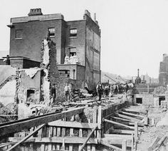 Tunnel construction Praed Street 1866