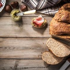 🌰🍞Sunday with bread! A unique recipe for chestnut bread that will impress your guests. Best Banana Bread, Unique Recipes, Crete, Oven, Baking, Sunday, Food, Instagram, Domingo