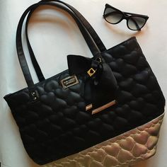 """Betsey Johnson Quilted Heart Tote Shopper Rare ⭐️ """"Be Mine"""" shopper tote in Black/Gold. This bag is NWOT and in perfect condition. Betsey Johnson Bags Satchels"""