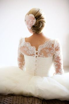 Hair updo, pretty lace