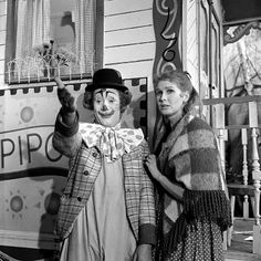Pipo de Clown,  Cor Witschge en Christel Adelaar. De eerste aflevering was in 1958.