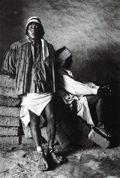 1984 - PhotoGravure - May 2014 Urban Photography, Color Photography, Amazing Photography, Street Photography, Minimalist Photography, Edward Weston, Black And White People, Black N White Images, Documentary Photographers