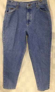 Lee Riders Womens Jeans Light Wash Relaxed Tapered Leg 16 Petite New Blue Denim #LeeRiders #taperedlegRelaxed