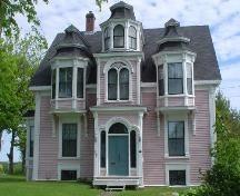 Allan R. Morash House, Old Town Lunenburg, front facade, 2004; Heritage Division, Nova Scotia Department of Tourism, Culture & Heritage, 200...